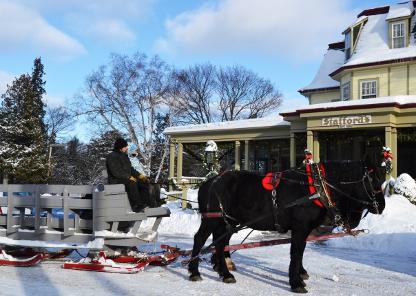 Sleigh rides in historic Bay View